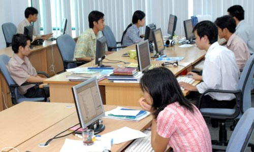 Types of Office Personnel